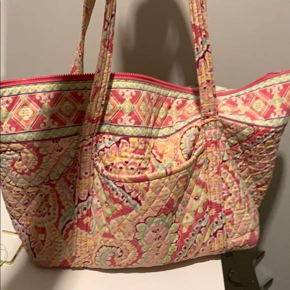 Vera Bradley tote / beach bag